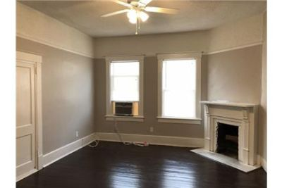 Newly Renovated 2 Bedroom, 1 Bath Apartment For Rent - SCAD STUDENTS LOOK HERE.
