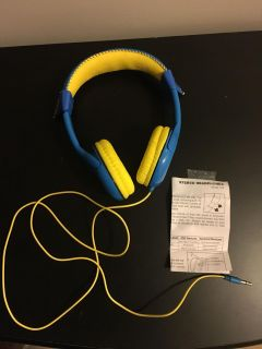 NEW without original packaging Dory headphones (volume reduced for kids)