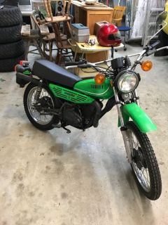 1979 Yamaha 100 enduro barn find with 125 original miles!! Clean title!!