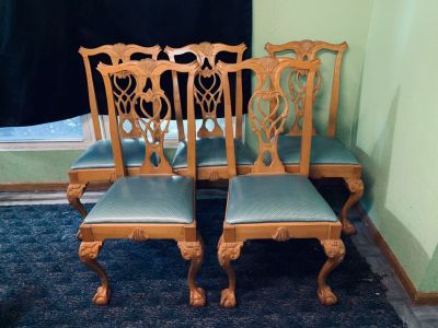 5 claw foot kitchen chairs