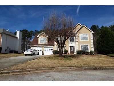 3 Bed 2.5 Bath Preforeclosure Property in Lithonia, GA 30038 - Winding Glen Dr