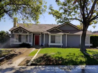 Beautiful 3 bedroom Home in Corona!