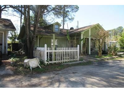 3 Bed 2 Bath Foreclosure Property in Fort Walton Beach, FL 32547 - Pebble Dr