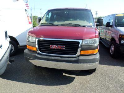 2006 GMC Savana 3500 LS 3500 (Red)