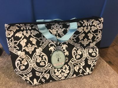 Insulated tote. NWT