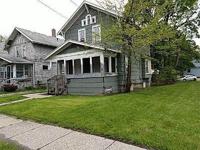3 Bed 1 Bath Foreclosure Property in Lansing, MI 48910 - Herbert St