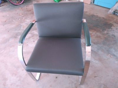 KNOLL BRNO SIDE CHAIR.  STAINLESS STEEL, NOT CHROME. SET OF 4 $2500  FOR ALL 4
