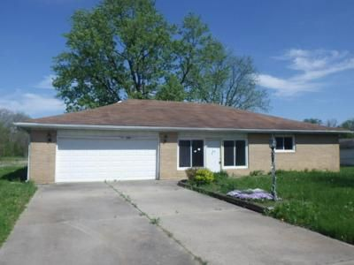 3 Bed 2 Bath Foreclosure Property in Anderson, IN 46011 - N 500 W