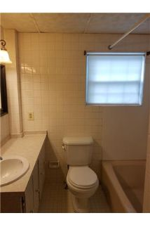 Lovely 2 Bedroom with Den Townhome in Dundalk