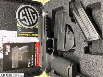 For Sale/Trade: Sig P320 Full size with Night sights