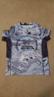 Under Armour fishing youth Xsmall boys