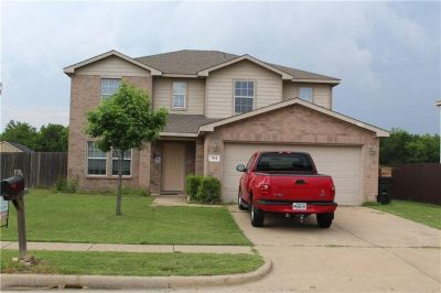 4 Bedroom for sale in Forney