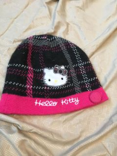 Hello Kitty hat looks to fit sz 4-7