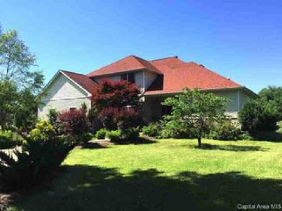 4790 Sage Rd Rochester Five BR, No need for vacations in this