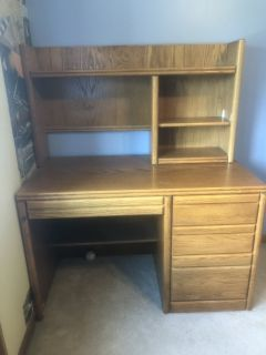 Kid s wood desk