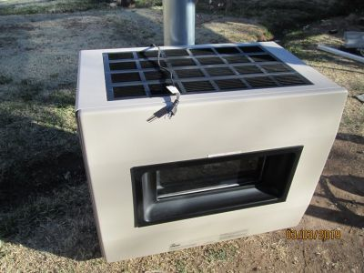 Furnace / Fireplace With Blower Like New Free-standing Empire