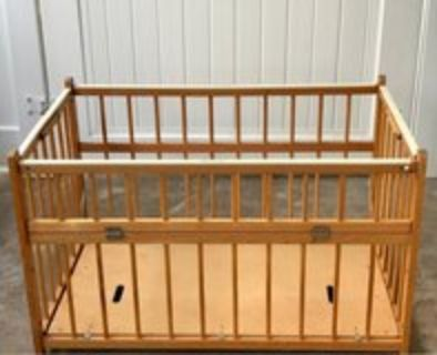 1960s Wooden Baby crib / play pen