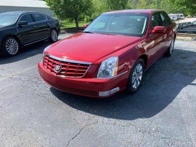 2010 Cadillac DTS Premium Collection ()