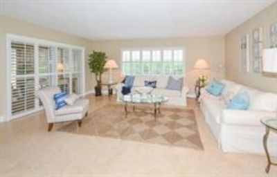 Gorgeous Ocean Front Condo in Delray Beach