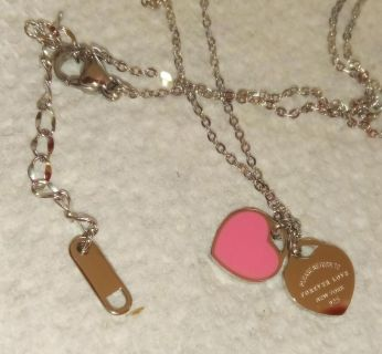 TIFFANNY STYLE DOUBLE HEART TAG NECKLACE