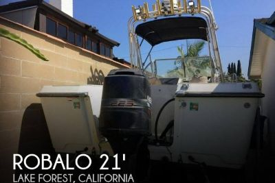 1996 Robalo 2140 Walk Around