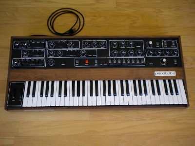 Sequential circuits prophet 5 keyboard SYNTHASIZER