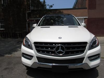2015 Mercedes-Benz M-Class 4MATIC 4dr ML350 (designo Diamond White Metallic)