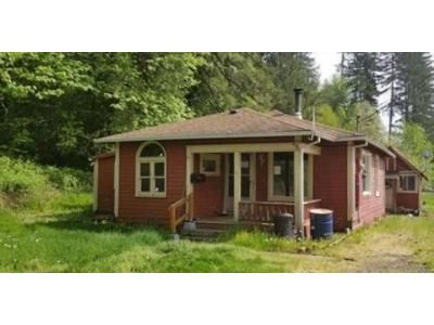 1.0 Bath Foreclosure Property in Vernonia, OR 97064 - B St