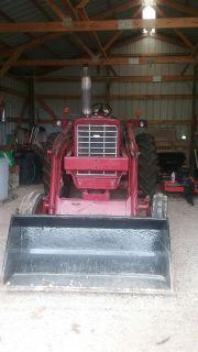 Front end loader tractor