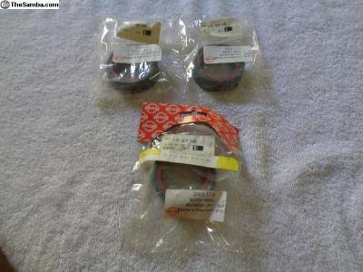 NOS Porsche 911 Torque Connector Seals 010409568