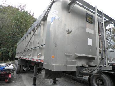 2005 MAC dump trailer