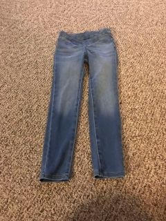 Old navy size medium ( ballerina jeans