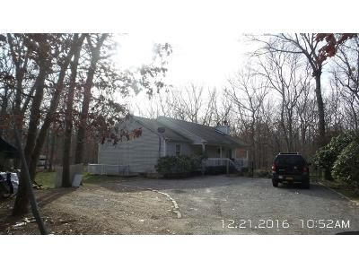 Foreclosure - 15th St, East Hampton NY 11937
