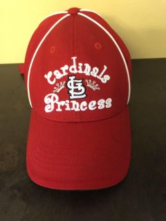 EUC used 2-3x Cardinals kids one size fits all adjustable cap