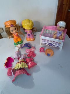 Fisher price snap and style dolls