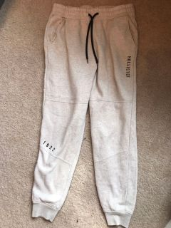American Eagle jogging pants