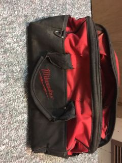Milwaukee tool bag 5$