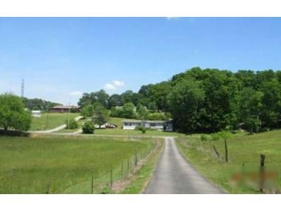 3 Bed 2 Bath Foreclosure Property in New Market, TN 37820 - Lowery Loop Rd