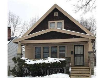 4 Bed 2 Bath Foreclosure Property in Milwaukee, WI 53209 - N 36th St # 2