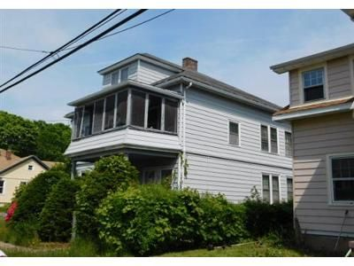 4 Bed 2 Bath Foreclosure Property in Hamden, CT 06514 - 2nd St
