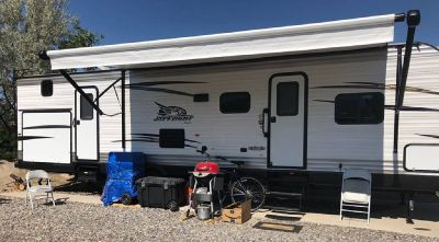 By Owner!  2018 Jayco Jay Flight 32' 324BDSW Bunkhouse