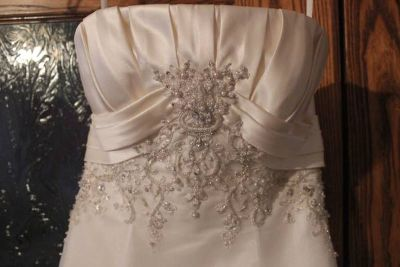 Ivory Wedding Dress Sz 46 Never Worn