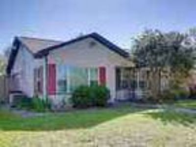 Nicely Updated And Roomy 3 1 Timbergrove Home With Large Light An