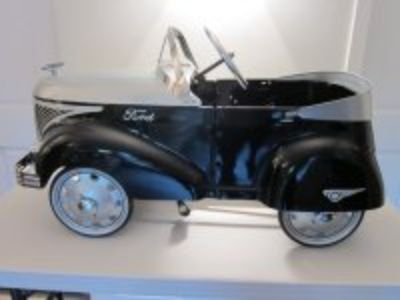 "1940 ""Skippy"" Ford Roadster Pedal Car by Gendron Wheel Co (Gendron, Inc.)"