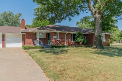 $2000 2 single-family home in Tulsa (Broken Arrow)