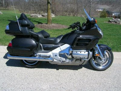 2010 Honda Goldwing XM Nav ABS $12000