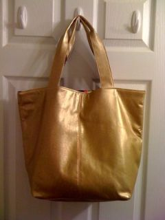 Sarah Jessica Parker NYC 2 face wear tote