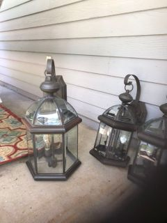 Colonial Farmhouse Lights