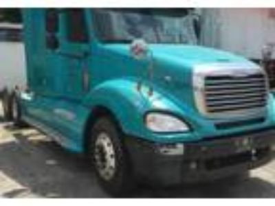 2005 Freightliner Columbia Equipment in New Hope, KY