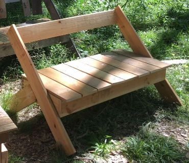 HANDCRAFTED WOODEN DIRECTOR s BENCH